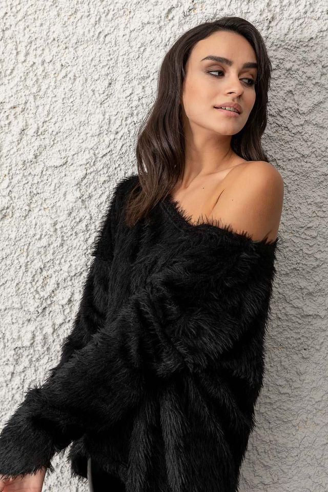 Naiba black oversized blouse
